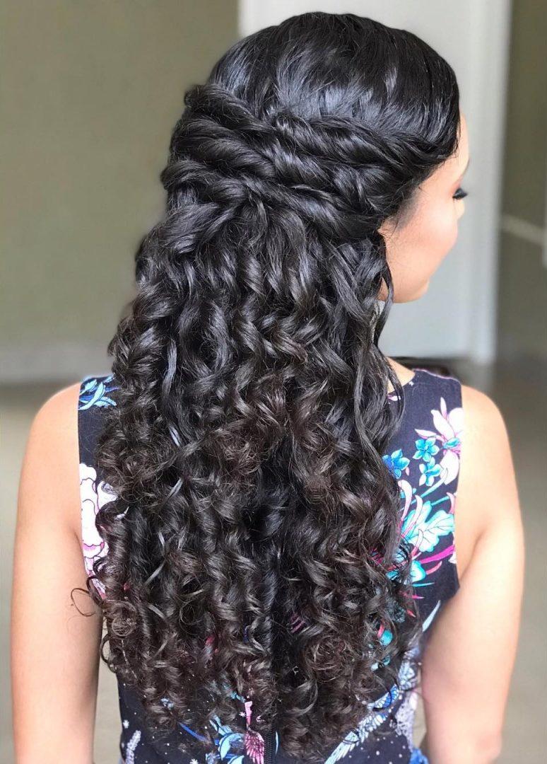 Penteados para cabelo cacheado