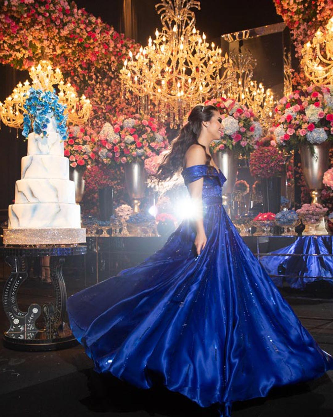 650b61b1a9abc Vestido de debutante azul: inspirações para sonhar com o seu!