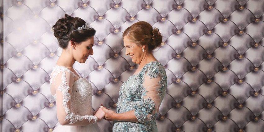 81af2c532eb21b Mãe da noiva – Como escolher o vestido perfeito? | Aceito Sim