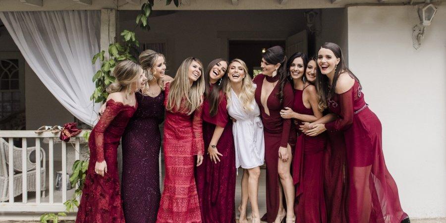 fab4f8efe Vestido de Madrinha de Casamento: Modelos e dicas incríveis para escolher o  seu!