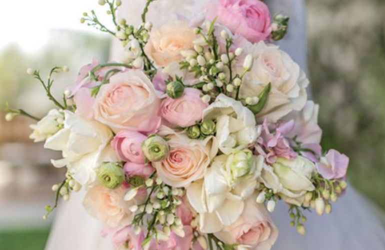 Buque de noiva rosa claro