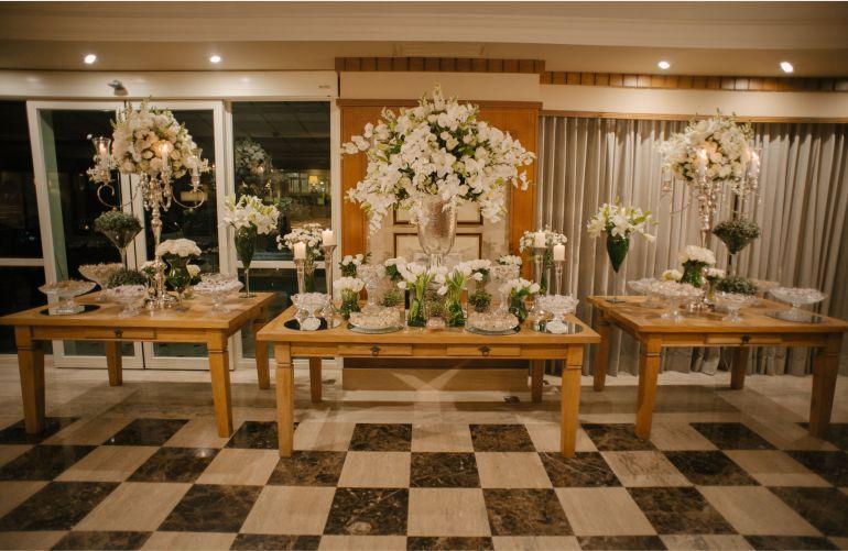 Mesa de Doces Casamento Clássico