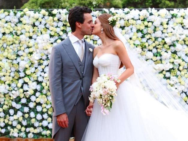 Vestidos de noiva famosas: Marina Ruy Barbosa