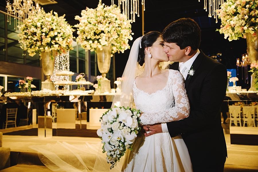 Buquê de noiva com orquídeas