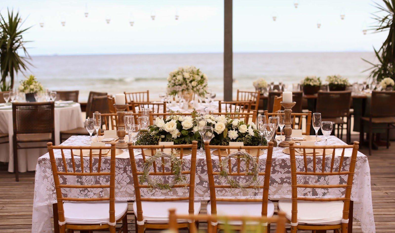 Centro de mesa para decoração de casamento: flores brancas