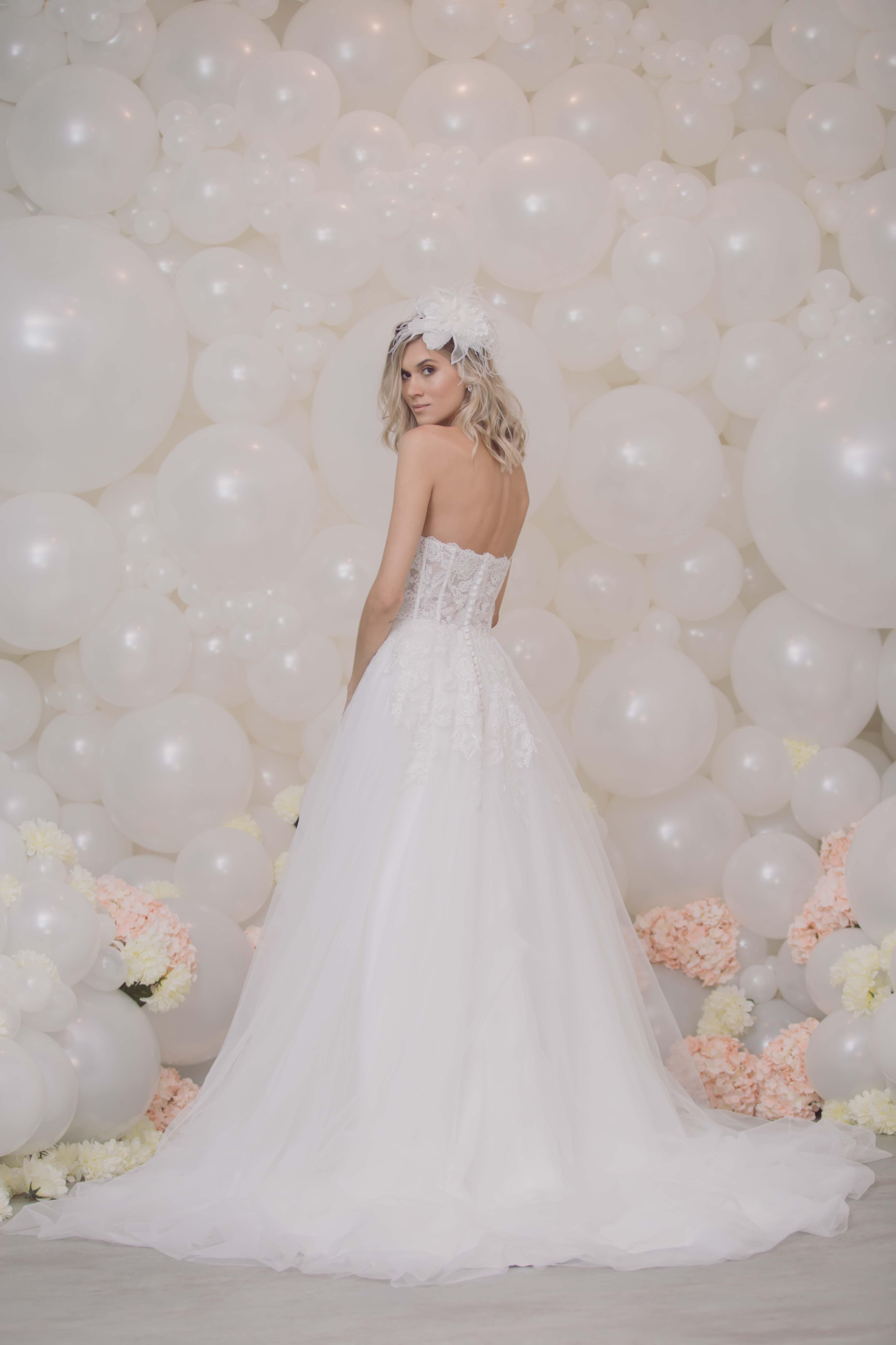 Vestido de noiva com saia de tule Nova nas Nuvens