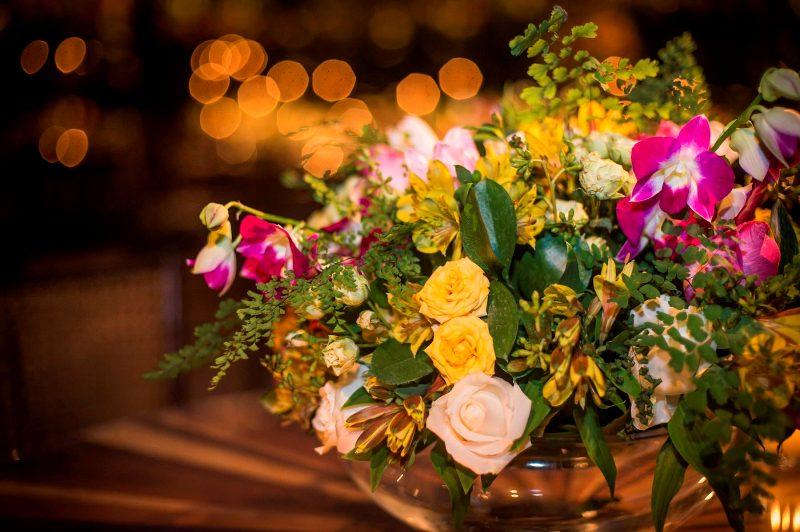 Decoração de casamento amarela e rosa